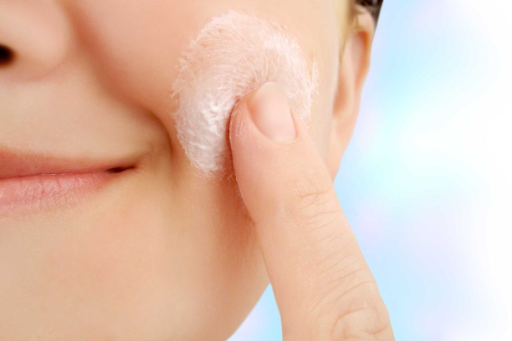 Combatting Dry Skin: the minimalists guide